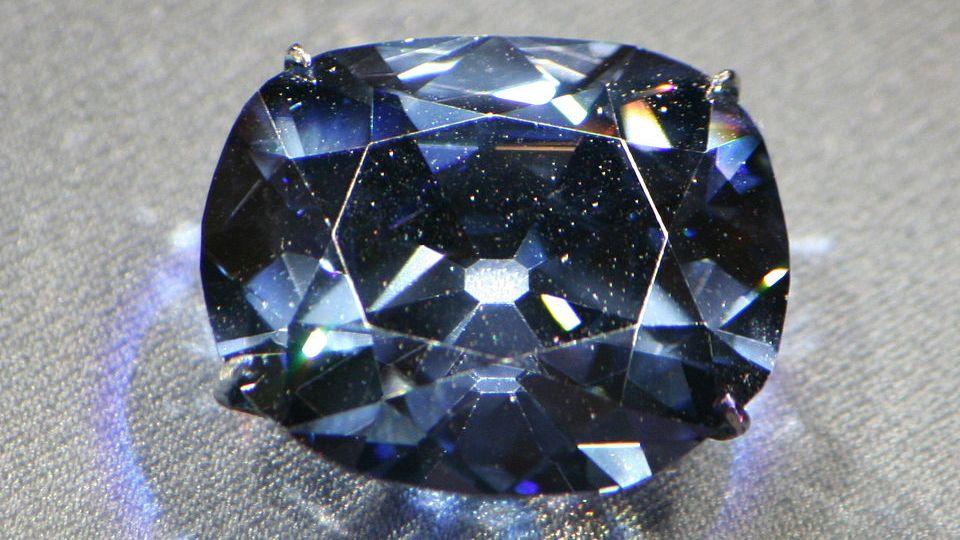 Алроса, добыча алмазов